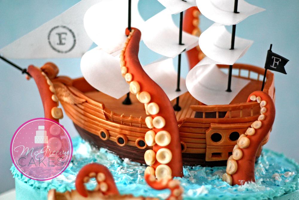 торты в виде корабля фото