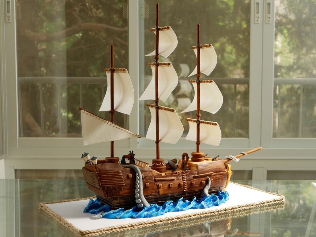 торты в форме корабля фото